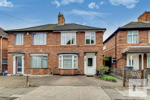View Full Details for Colwyn Crescent, Hounslow